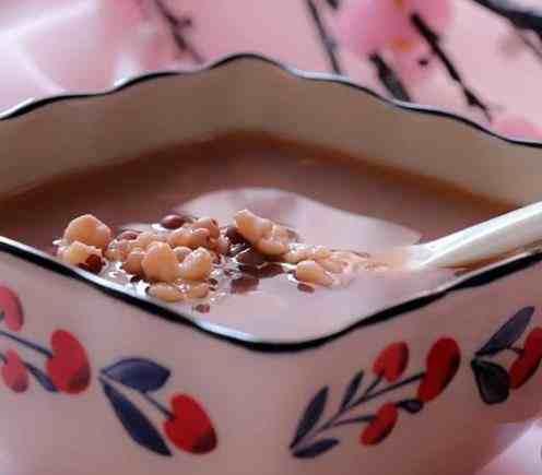 """红豆薏米芡实粥,三强合一,让我们用美食和""""湿气""""说No.jpg"""