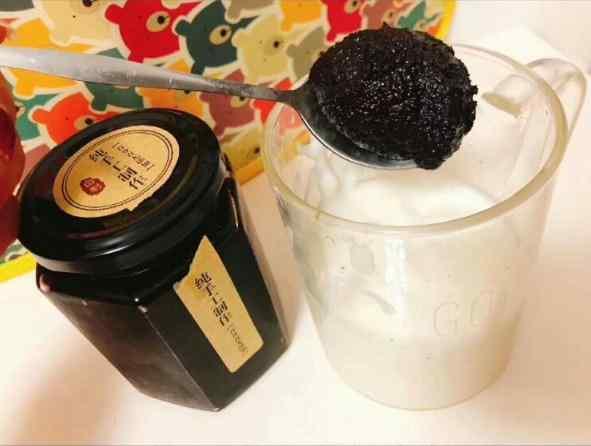 桑葚膏拌酸奶1
